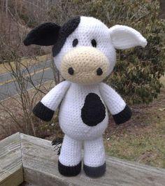 Lil' Cow Amigurumi Pattern | Craftsy
