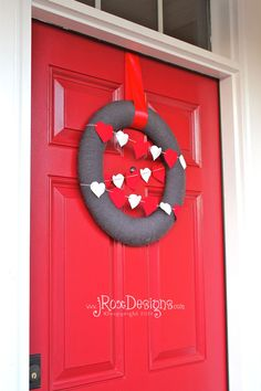 Valentine's Day Wreath by jRoxDesigns