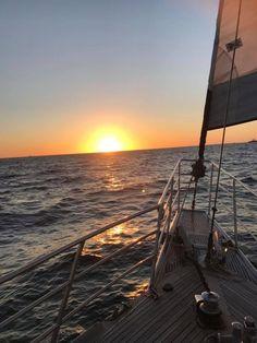 Sail Away x Ireland Vacation, Ireland Travel, Galway Ireland, Cork Ireland, Water Aesthetic, Travel Aesthetic, Summer Aesthetic, Sunset Landscape, Sail Away