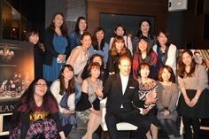 jamesandclairefraser:  @AXNJapan 60 people participate and each photo! 3, 2, 1, Outlander! In the shot. Great- #AXNJapan