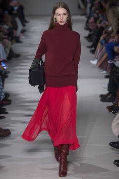 Défilé Victoria Beckham prêt-à-porter femme automne-hiver 2017-2018 25