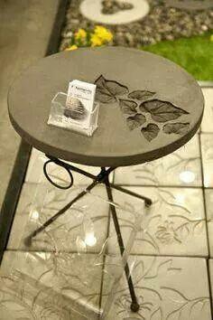 Concrete Table In 2019 Concrete Crafts Concrete Table Concrete