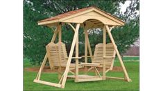 Double face to face swing for the backyard. Outdoor furniture I really want one of these. Lawn Swing, Garden Swing Seat, Wood Swing, Patio Swing, Backyard Swings, Backyard Landscaping, Porch Swings, Outdoor Furniture Plans, Garden Furniture