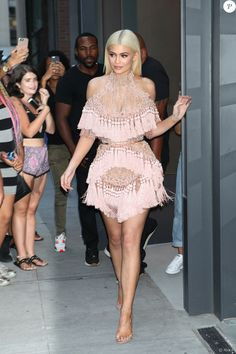 62a26f9ca7 Kylie Jenner rocks Pantone's Color of the Year wearing a Balmain Lush Silk…  Images Kylie
