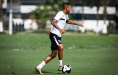 Paulinho volta a treinar, mas Patito segue na equipe titular do Santos  http://santosjogafutebolarte.comunidades.net/seu-placar-de-palmeiras-x-santos