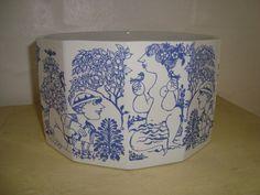 """BJØRN WIINBLAD """"Susanne i badet"""" bowl/skål 1970s. #Wiinblad #Susanne #skaal #bowl. From www.TRENDYenser.com."""
