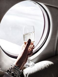 champagne pinterest:: @eemilyyxo