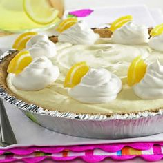 EASY pie recipe. haven't met anyone yet who doesn't LOVE LOVE LOVE this! click photo for tutorial