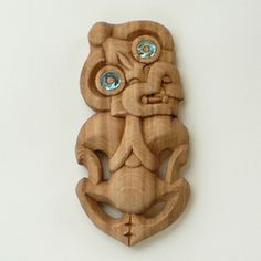 Tiki, Maori carved figure - Kiwi gifts handmade in NZ Wood Sculpture, Sculptures, Maori Words, Maori Tribe, Ancient Runes, Maori Designs, Tiki Art, New Zealand Art, Nz Art