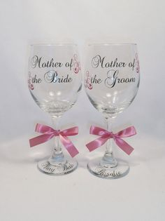 2 Personalized Mother of the Bride and Groom Wine Glasses, Wedding Party Glasses