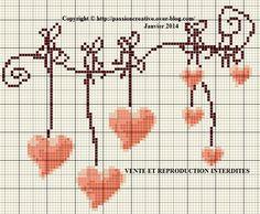 Grille gratuite point de croix : Guirlande de coeurs