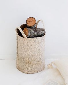 It's raining outside and the fire is lit. And there are a pile of books on the bedside table, including A Handful of Dust and The Goldfinch. Would love to know the last great book that you read. #imprinthouse_largestoragebasket #fairtrade #handwoven #jute #storage #basket #storagebasket