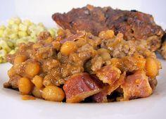 Ground Beef & Baked Bean Casserole {recipe}