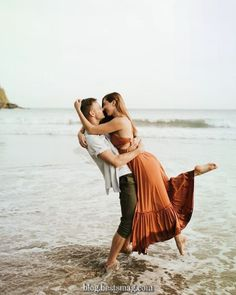 Romantic outdoor beach engagement session inspiration, especially for relaxed couples. Ibiza, Marbella, Spain wedding and family photographer. Beach Engagement Photos, Engagement Photo Outfits, Engagement Photo Inspiration, Engagement Couple, Engagement Session, Engagements, Country Engagement, Fall Engagement, Photo Couple
