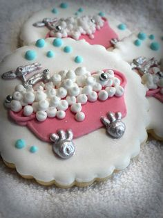 Vintage tub decorated cookies, so cute, but I'd probably never attempt to make the Spa Cookies, Galletas Cookies, Iced Cookies, Cute Cookies, Yummy Cookies, Cupcake Cookies, Cookies Et Biscuits, Cookie Designs, Cookie Ideas