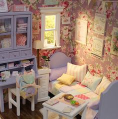 "Diorama "" Purple Bedroom "" OOAK by Nerea Pozo Keera   eBay"