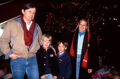 icepop - 29 Years Since Home Alone: Surprising Details Emerge About Macaulay Culkin's Past Neverland Ranch, Kevin Mccallister, Macaulay Culkin, Will And Grace, Three Friends, Boy Models, Home Alone, Young Actors, Normal Life
