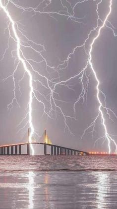 Lightning over Sunshine Skyway Bridge ,Tampa, Fl . Pic credit Justin Battles from Fox From: Texas Storm Chasers Community Group (FB) Lightning Photography, Storm Photography, Nature Photography, Photography Tips, Portrait Photography, Travel Photography, Wedding Photography, Weather Storm, Wild Weather