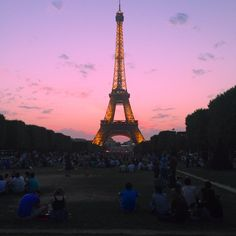 Paris when it sizzles! Chilled Rosé as far as the eye can see
