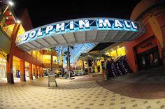 Dolphin Mall (Miami, Florida)