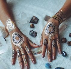 Boho bohemian flash tattoo. For more follow www.pinterest.com/ninayay and stay positively #pinspired #pinspire @ninayay