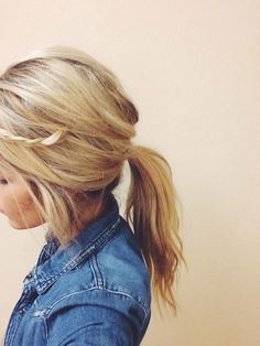 Low ponytail for Spring.