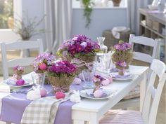 easter table settings love these flowers on this tablescape however i would have varied the table runner to other lavender shades of lilac, or purple instead of blue........not a fan of carolina blue in decorating!