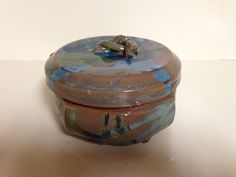 Small covered dish with feet.  Currently in the collection of Alton Bridges, Cleveland, GA.