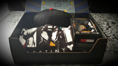 Loot Gaming – August 2016 Unboxed The latest crate of gaming goodness, the Mecha themed Loot Gaming August 2016 box, has arrived from Loot Crate's monthly subscription service. With a generally earmarked value of around $60 per package, is the crate of 4-6 items worth picking up? We take a look at the contents of 'Mecha' and determine whether it lives up to the expectations. http://www.thexboxhub.com/loot-gaming-august-2016-unboxed/