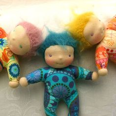 good simple baby waldorf | Wouldn't these make an excellent #babyshower gift? #handmade dolls inspire us! How about you?