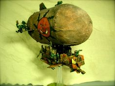 Ork Blimp, Conversion, Warhammer 40k. Fun idea! Warhammer Terrain, Warhammer Art, Warhammer Models, Warhammer 40k Miniatures, Warhammer Fantasy, Warhammer 40000, Orks 40k, Tyranids, Game Workshop