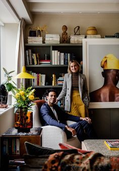 Designer Sophie Ashby's characterful mid-century modern flat in west London's former BBC building Small Sitting Rooms, Couples Apartment, One Bedroom Flat, Soho House, Brown Furniture, West London, Interior Styling, Flat Interior Design, Decoration