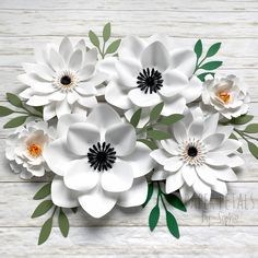 Paper Flowers Roses, How To Make Paper Flowers, Paper Flowers Craft, Large Paper Flowers, Paper Flower Wall, Paper Flower Backdrop, Flower Wall Decor, Flower Crafts, Wall Flowers
