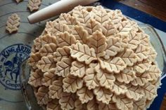 Thanksgiving Pie Crust Designs: 9 Gorgeous Topper Creations