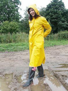 Yellow PVC Hooded Raincoat and Spotty Wellies as seen on Lorraine Ward Girls Raincoat, Pvc Raincoat, Raincoat Jacket, Plastic Raincoat, Yellow Raincoat, Hooded Raincoat, Hooded Cloak, Ladies Wellies, Imper Pvc