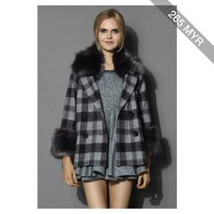 Chicwish Chicwish Classy Check Print Wool Coat with Fur Trimming