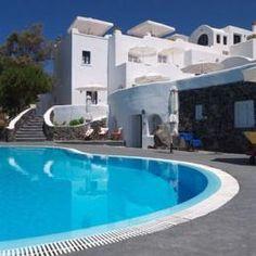 Finikia's Place - Oia, Greece - Very good prices! Oia Santorini, Greek Islands, Hotel Reviews, Great Deals, Trip Advisor, Places To Visit, Villa, Oia Greece, Outdoor Decor