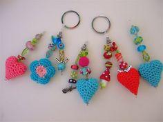 Be pretty by Beate Crochet Gifts, Cute Crochet, Crochet Dolls, Knit Crochet, Crochet Keychain, Crochet Earrings, Crochet Stitches, Crochet Patterns, Crochet Accessories