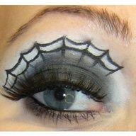 Halloween spider web smoky eye - gorgeous!