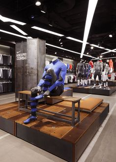 NIKE TOWN : LONDONPhotography by Adrian Wilson