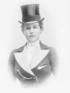 The Marchioness of Worcester, who appears to be wearing a habit in her hunt colors.