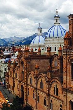 Ecuador /// These Countries Have the Best Weather in the Whole Entire World via @PureWow