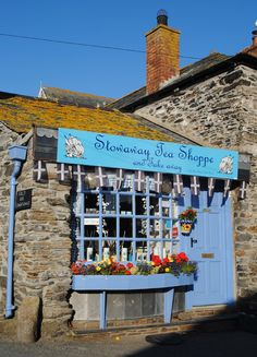 A sweet little tea room down a very tiny lane in Port Isaac, Cornwall, England, UK - Doc Martin location North Cornwall, Devon And Cornwall, North Wales, Port Isaac, Le Jolie, England And Scotland, Shop Fronts, British Isles, Great Britain