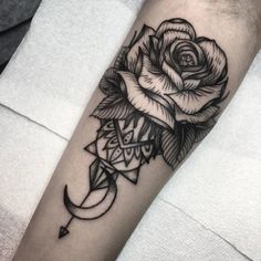 Black and grey rose tattoos can look awesome! Beautiful solid work, artist unknown. rose blackandgrey fineline moon