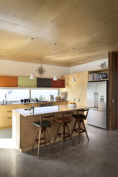 Brown Vujcich House by Bossley Architects | HomeDSGN, a daily source for inspiration and fresh ideas on interior design and home decoration.