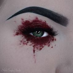 Gelee Ideen When you are looking for a landscaping plant you will also need to tak Goth Makeup, Skin Makeup, Makeup Inspo, Makeup Art, Makeup Inspiration, Beauty Makeup, Neo Grunge, Grunge Look, Grunge Style