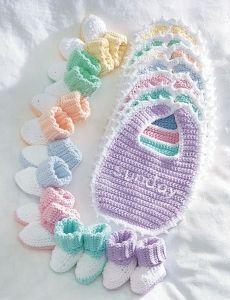 4048-Everyday Set crochet bib and booties