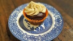 Vegan cupcake recipe: Peanut Butter Chocolate Heavencakes