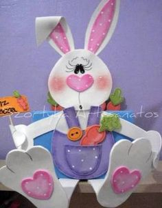 Risultati immagini per páscoa em eva Easter Projects, Easter Crafts, Foam Crafts, Diy And Crafts, Felt Flowers, Paper Flowers, Happy Easter, Easter Bunny, Tole Painting Patterns