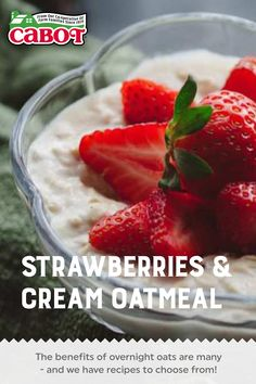 What better way to embrace the change in seasons, and reduced kitchen time, then with some delicious overnight oats recipes? You have to try this recipe for Strawberries & Cream Oatmeal! #breakfast #easy #homemade #recipe Overnight Oats Benefits, Strawberries And Cream Oatmeal, Greek Yogurt Recipes, Kitchen Time, Oats Recipes, Homemade Recipe, Yummy Smoothies, Strawberry Recipes, Sour Cream